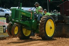 antique-tractor-pull_6015