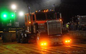 semi-truck-pull